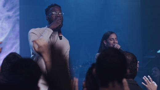 Living presenta el tema y videoclip, «Más de lo que soñé»