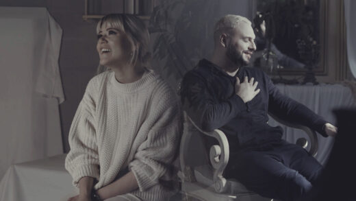 Living estrena «Siempre más» al lado de Un Corazón