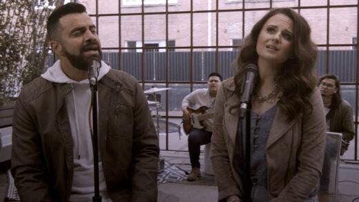 «Tu promesa», el nuevo sencillo de Harold y Elena, transmite un mensaje de aliento